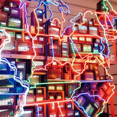 Nam June Paik's Electronic Superhighway at The National Portrait Gallery (Washington, DC)